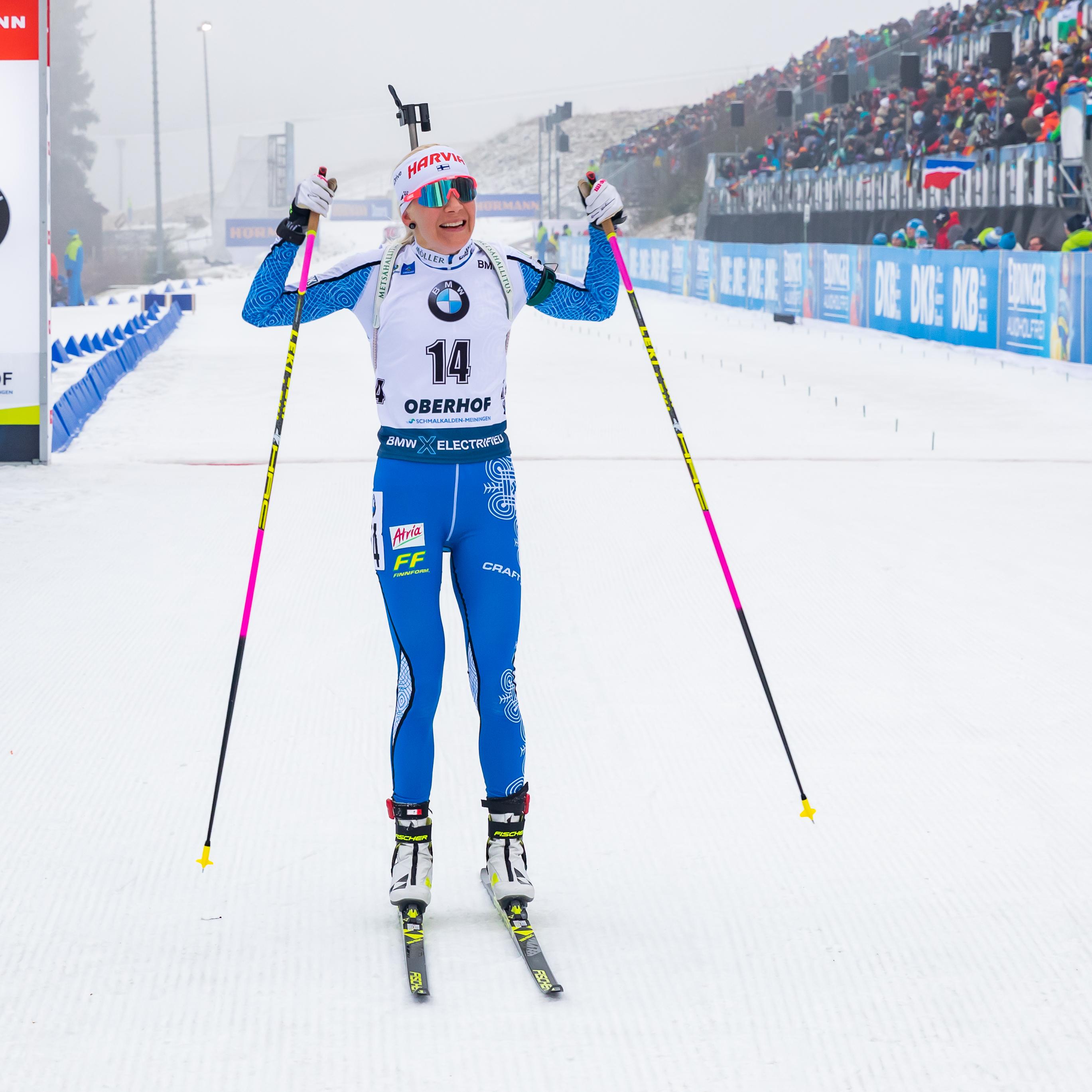Kaisa Mäkäräinen voitti naisten yhteislähdön Oberhofissa tammikuussa 2020. Steffen Prößdorf, CC BY-SA 4.0 via Wikimedia Commons