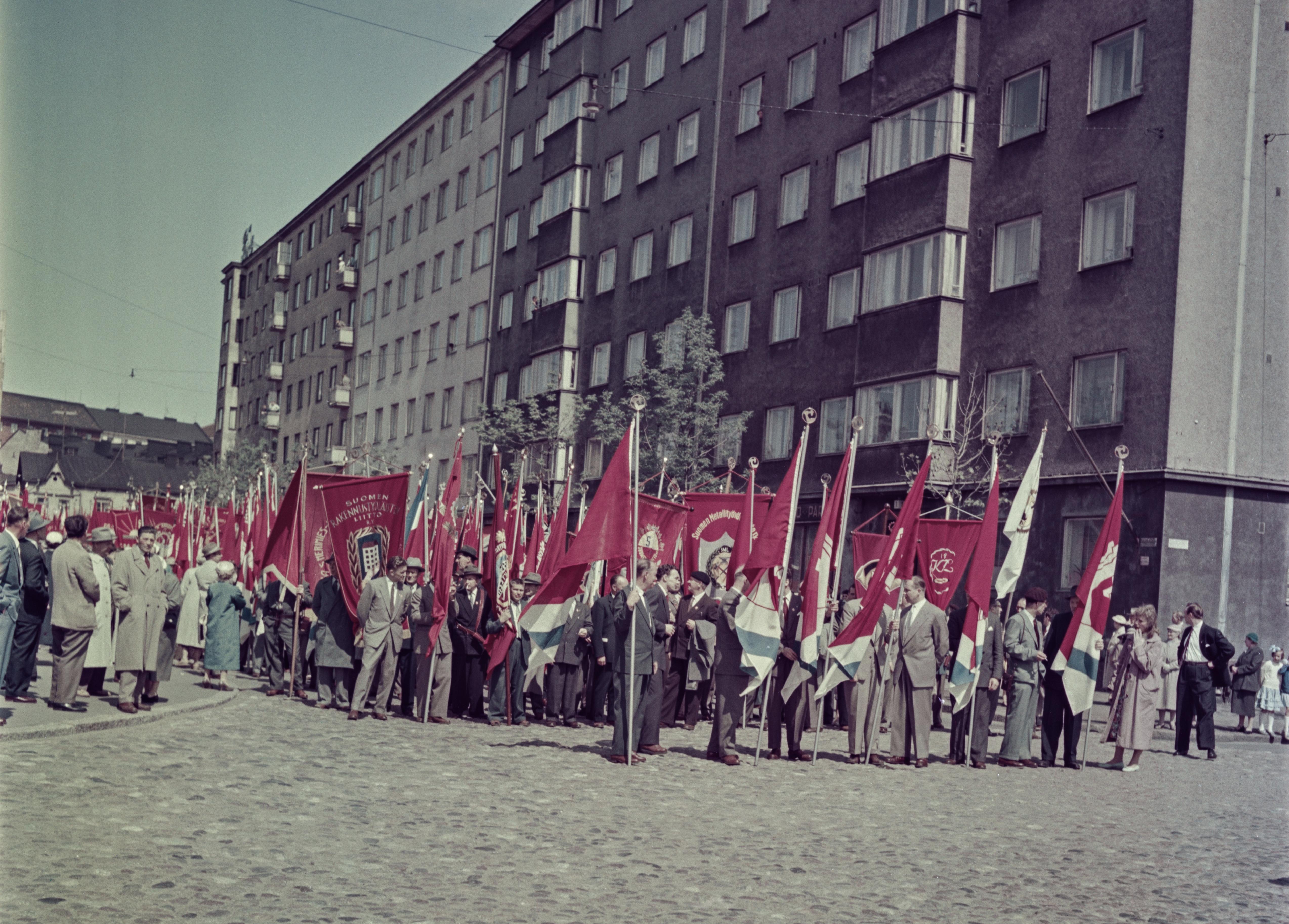 Vappumarssi 1959. Valokuvaamo Kienanen / Helsingin kaupunginmuseo