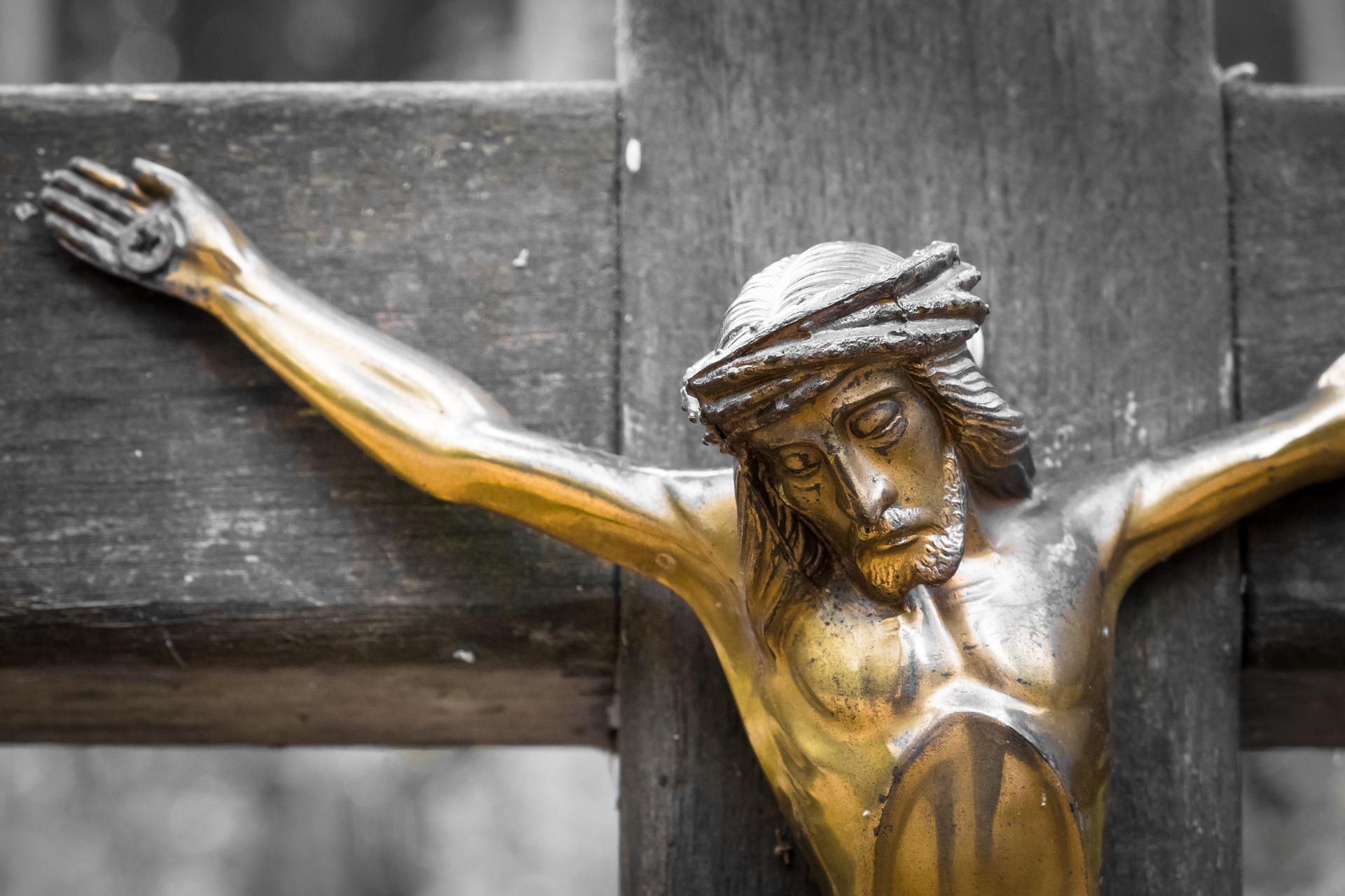 Jeesus ristillä. Pixabay.